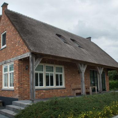 woonhuis babyloniénbroek antiek oranje rood steen